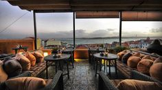 Bairro Alto Hotel - Lisbon, Portugal : The Leading Hotels of the World Hotel Rooftop Bar, Rooftop Terrace Design, Best Rooftop Bars, Rooftop Restaurant, Restaurant Design, Terrace Garden, Pool Bar, Resorts, Hotel Centro