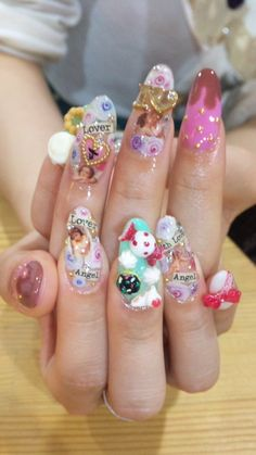 How could you possibly do a single thing with these crazy nails? I'd have them broke and chipped in ten minutes!