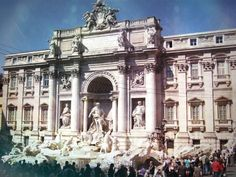 Fontana Di Trevi // Trevi Fountain - Follow the footsteps of the inimitable #AudreyHepburn and #GregoryPeck with the most memorable and historic sites of #Rome  #RomanHolidays #VacanzeRomane #Viaggi #Travel #Cinema #Movies #Hollywood http://www.smartraveller.it/2013/08/30/vacanze-romane/