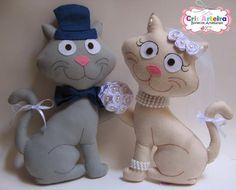 Felt Dolls, Dinosaur Stuffed Animal, Bride, Christmas Ornaments, Holiday Decor, Animals, Home Decor, Groom, Cute Kittens