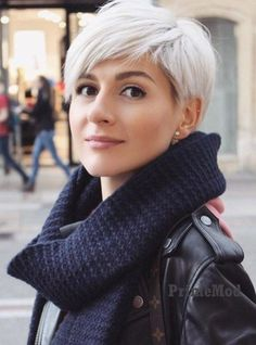 30 Most Popular Short Hairstyles For Women - Stylendesigns - - The latest fashion trend that has taken the world by storm, the first thing that immediately comes to our mind is the trendy Short Hairstyles for Woman. Edgy Haircuts, Short Pixie Haircuts, Hairstyles Haircuts, Party Hairstyles, Celebrity Hairstyles, Summer Hairstyles, Haircut For Older Women, Short Hair Cuts For Women, Popular Short Hairstyles