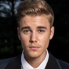 Justin Bieber is het zat om telkens te poseren voor de camera. Hij heeft laten weten dat hij voortaan niet meer met zijn fans op de foto gaat.