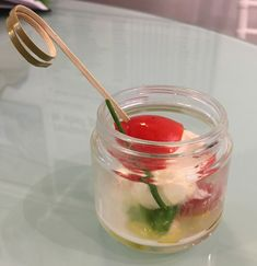 Caprese Salad in Jar Fresh Mozzarella with Cherry tomato with extra virgin Tuscan olive oil and fresh basil #guidilenci