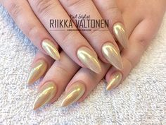 Light Chrome Nails, acrylic with gel polish #nails #nailart #stockholm #handpaintednailart