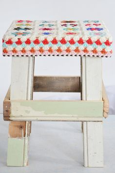 wood & wool stool sylvia