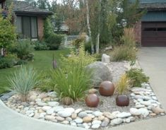 Low maintenance landscape ideas front yard stones grass 66 Ideas Low maintenance landscape id Landscaping With Rocks, Front Yard Landscaping, Landscaping Ideas, Natural Landscaping, Mulch Landscaping, Landscaping Software, Landscape Design, Garden Design, Yard Stones