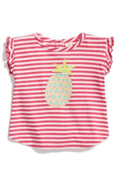 Pretty, pretty pineapple. This everyday tee has an extra touch of sweetness thanks to this tropical fruit print.