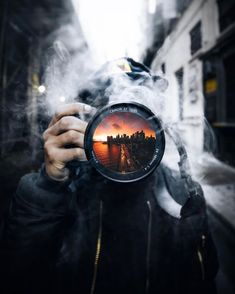 15 Amazing Photography Ideas of The Day - Awed! Smoke Bomb Photography, Urban Photography, Artistic Photography, Creative Photography, Amazing Photography, Street Photography, Landscape Photography, Portrait Photography, Nature Photography