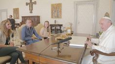 The first on film – #PopeFrancis interviewed by Belgian youths #versevis