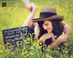 Senior Picture Ideas for Girls | Bible Verse | Follow my SENIOR GIRL Board for more inspiration at www.pinterest.com/jilllevenhagen | #seniorpictureideasforgirls