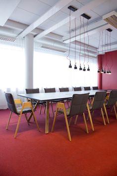 Lab table and chair (design Harri Korhonen)