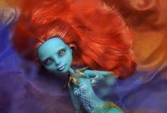 Monster-High-Doll-OOAK-Lorna-McNessie