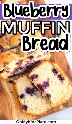 Delicious Blueberry bread! This quick bread is perfect for breakfast (or anytime!). This bread is full of yummy blueberries and bursting with flavor! #blueberrybreadd #blueberrymuffin #quickbread Savory Muffins, Baking Muffins, Breakfast Muffins, Blueberry Bread Recipe, Blueberry Cake, Zucchini Chocolate Chip Muffins, Bread Recipes, Cooking Recipes, Easy Chicken Dinner Recipes