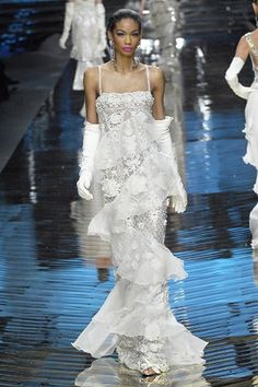 See the complete Valentino Spring 2008 Couture collection.