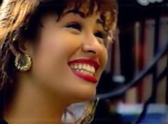 Selena Quintanilla beautiful smile