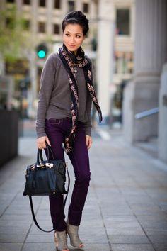 Purple Jeans Outfit, Purple Pants, Purple Grey, Lila Jeans, Winter Outfits, Casual Outfits, Purple Fall Outfits, Office Outfits, Winter Clothes