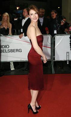 Carice van Houten (Lady Melisandre)