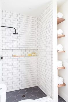 Budget Bathroom Remodel, Bathroom Renovations, Shower Remodel, Bathroom Makeovers, Tub Remodel, Restroom Remodel, Bad Inspiration, Bathroom Inspiration, Bathroom Ideas