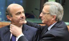 Jean-Claude Juncker 'bromea' con De Guindos