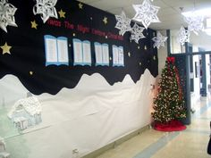 christmas hallway display - Christmas Hall Decorations