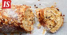 Kääretortun täytteeksi rullataan nyt herkullinen kermarahkatäyte. Muffin, Breakfast, Ethnic Recipes, Food, Morning Coffee, Essen, Muffins, Meals, Cupcakes