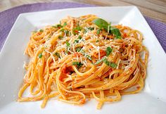 Linguine with Sun-Dried Tomatoes, Olives and Lemon by Eat Yourself Skinny