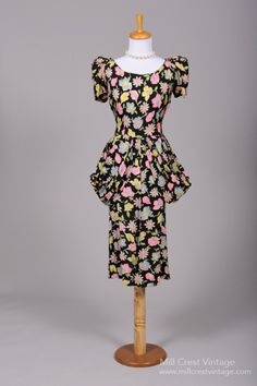 Cocktail dress, 1940s.  This is just screaming out, OH, what an ugly print!!!I look like a table lamp!