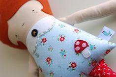 Retro Mama :: Hans and Greta Doll Giveaway