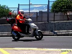 FOTOGRAFÍA CON TU UNIDAD O EQUIPO DESDE CANARIAS Intentad aportarnos datos de cada foto, para que todos, desde nuestros distintos países, os conozcamos algo más.  Poco a poco, por orden de recepción, os iremos avisando y las iremos publicando.  #ambulancias #emergencias #tes #tts #svb #sva #ProtecciónCivil #Canarias #ambulance #botiquin  http://www.ambulanciasyemergencias.co.vu/2015/12/equipo_3.html