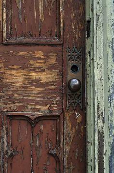 Love old door knobs and plates Door Knobs And Knockers, Knobs And Handles, Door Handles, The Doors, Windows And Doors, When One Door Closes, Brown Doors, Door Detail, Unique Doors