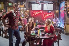 "Hart of Dixie ""Stuck"" S3EP21"