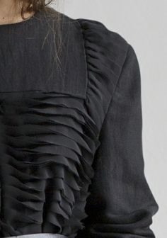 Wave Tucks - linen jacket with layered tuck detail in chiffon - fabric manipulation for fashion; couture sewing // Rodebjer