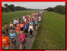 Nijmeegse 4-Daagse 4e dag: 24.7.2015 - 106611875037268196261 - Picasa Webalbums