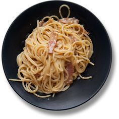 Спагетти алла карбонара (Spaghetti alla carbonara) Италия ❤ liked on Polyvore featuring food, fillers, food and drink, food & drink, comida, circle, circular and round
