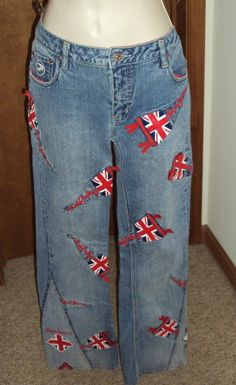 Pepe Jeans 30 Denim London Union Jack Flag Design Slight Flair Distressed Wash  #PepeJeans #Flare