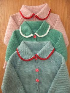 Stile vintage a mano a maglia cardigan bambino grigio verde e
