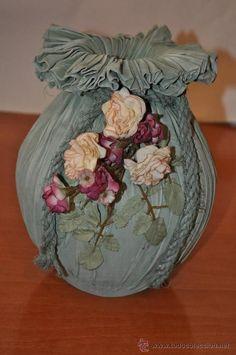 Resultado de imagen de los jarrones mas bonitos con papel, tela