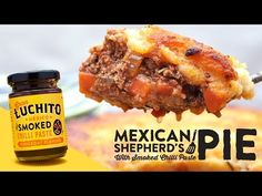 This Mexican Shepherds pie recipe was one of the first recipes that we made using Gran Luchito and ts honestly still one of our favourites. Mexican Chicken Stew, Mexican Pie, Pie Recipes, Casserole Recipes, Mexican Food Recipes, Cooking Recipes, Mexican Vegetables, Cottage Pie, Jamaican Recipes