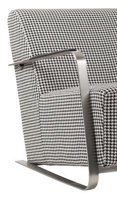 ADWIN ARMCHAIR | Komfortné retro kreslo v minimalistickom dizajne