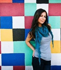 Angelah Johnson- This girl is a comedic genius.I love her! Anyone seen Bon Qui Qui? Anjelah Johnson, Pretty People, Beautiful People, Nicole Johnson, A Star Is Born, I Love To Laugh, Funny People, Funny Things, Press Photo