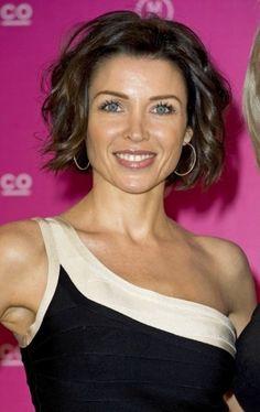 Dannii Minogue Cute Medium Length Messy Curls