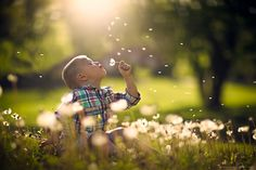 Cute child chasing bubbles – it's a formula that works every time and Jake Olson has mastered it! Here's his latest example! Dream Catcher by Jake Olson Studios on 500px Jake shot this gorgeous shot with a Canon EOS 5D Mark III and a Focal Length of 85mm. His settings were a Shutter Speed of1/5600s …
