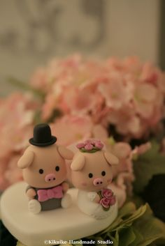 Handmade lovely piggy and piglet bride and groom wedding cake topper #pig #cakedecor