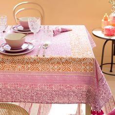 Geometric Print Tablecloth and Napkin - Zara Home, Bold Colors, Napkins, United States, The Unit, America, Tableware, Room, Diy