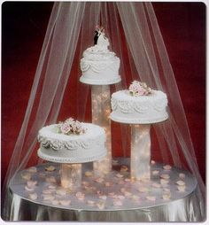 how to cut a three tier wedding cake something to go with the metal ring toppers 3 tiered 15625