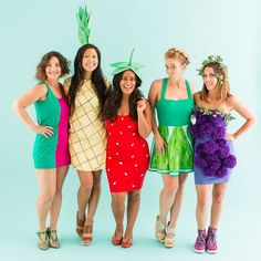 2768de24f40a46 130 Winning Group Halloween Costume Ideas – Brit + Co Ausgefallene Kostüme  Fasching, Ausgefallene Karnevalskostüme