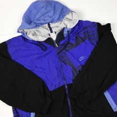 Vintage 90s Nike Silver Tag Windbreaker jacket Purple and Black Size L Nike Windbreaker, M Photos, Hip Hop Rap, Retro Look, Light Jacket, Vintage Nike, Puffer Jackets, Purple And Black, Norway