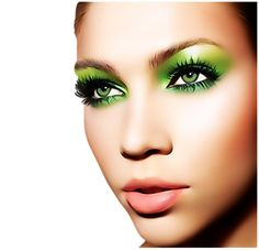 Make up ideas that will complement your green eyes and help your eye color pop up. Make up ideas that will complement your green eyes and help your eye color pop up. Green Eyeshadow Look, Makeup For Green Eyes, Eyeshadow Looks, Love Makeup, Gorgeous Makeup, Eyeshadow Ideas, Perfect Makeup, Makeup Eyeshadow, Green Eyeliner