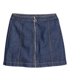 Shop online for women's skirts at H&M. Choose from pencil skirts, pleats, denim, leather skirts and more in mini, midi and maxi lengths. Blue Denim Skirt, Denim Pencil Skirt, A Line Skirts, Short Skirts, Mini Skirts, Button Front Skirt, Dark Denim, Love Fashion, Fashion Online