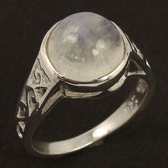Trendy Ring Size US 7 Natural RAINBOW MOONSTONE Gemstone 925 Sterling Silver #Unbranded